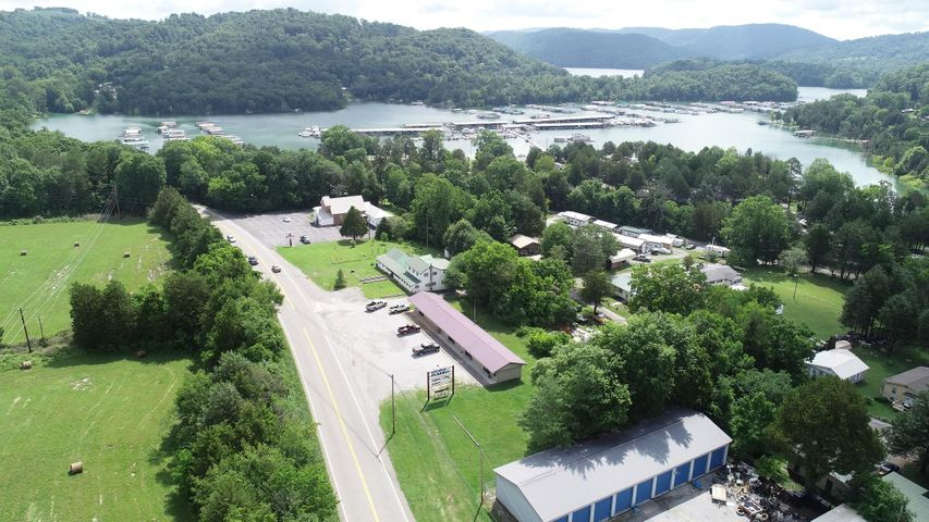 5199 Highway 33 S, New Tazewell, TN 37825