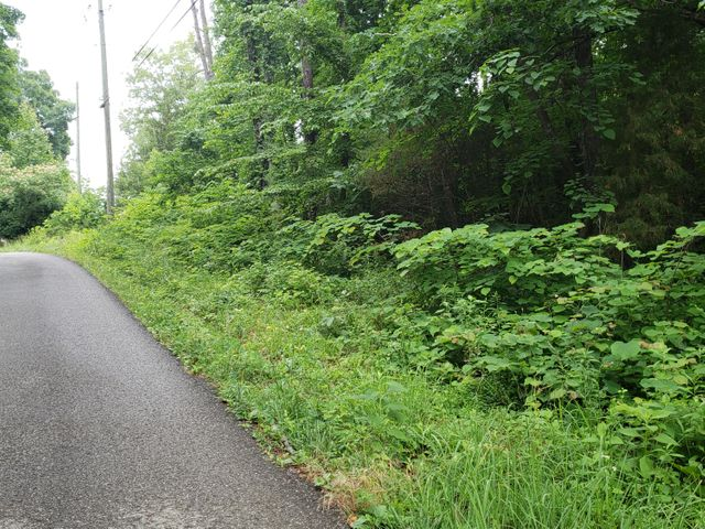 1950 Stony Point Rd, Knoxville, TN 37914
