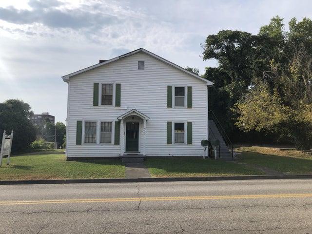 303 High St, Maryville, TN 37804