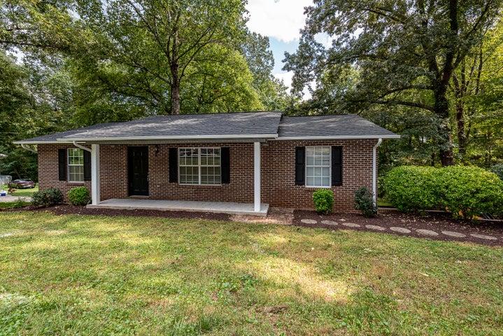 1606 Lisa Drive, Maryville, TN 37803