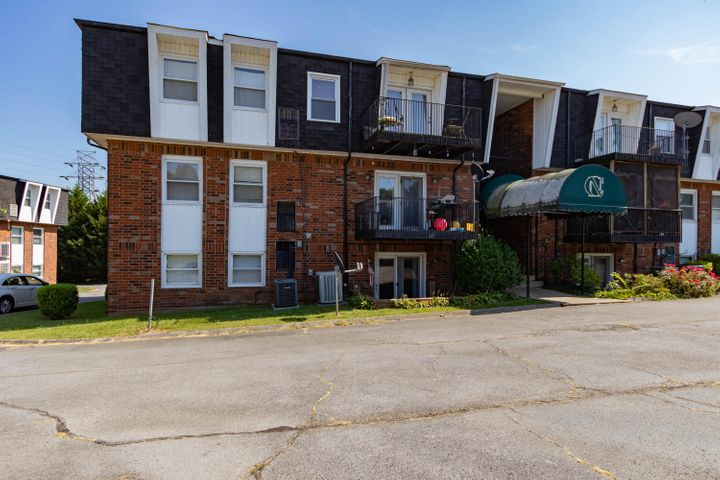 1625 Woodrow Drive, Apt 401, Knoxville, TN 37918