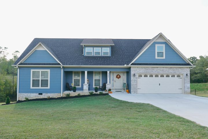 2381 Boyd Farris Rd, Cookeville, TN 38506
