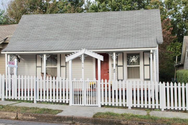 1616 Cornelia St, Knoxville, TN 37917