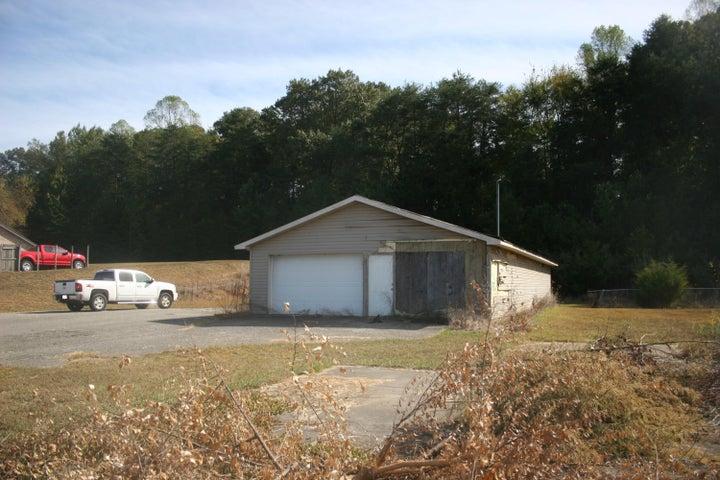 1361 Highway 411, Vonore, TN 37885