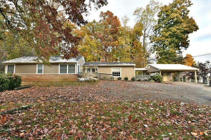 106 Land Oak Rd, Knoxville, TN 37922