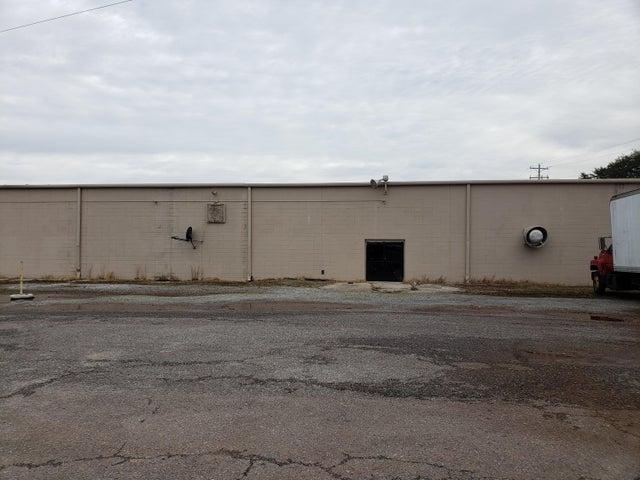 908 Hillside Drive, Louisville, TN 37777
