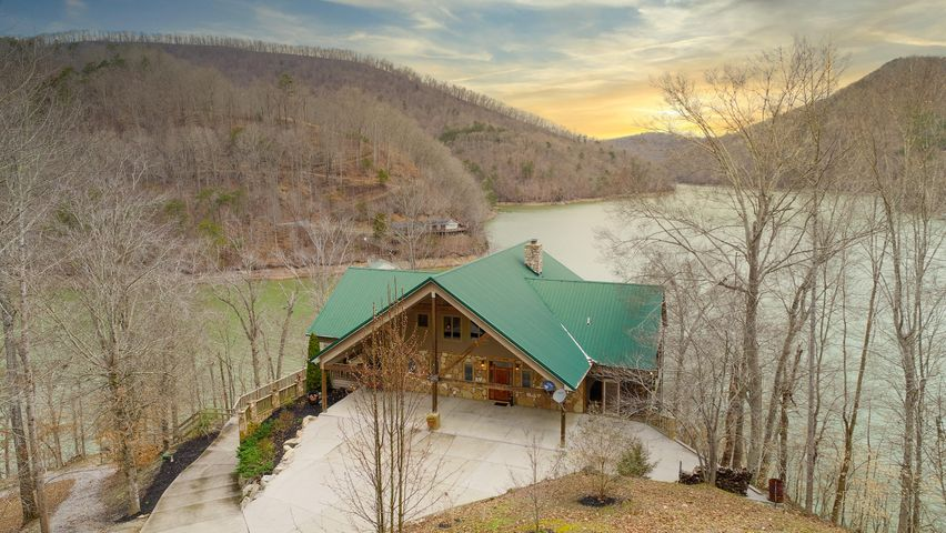 287 Norris Point, Washburn, TN 37888
