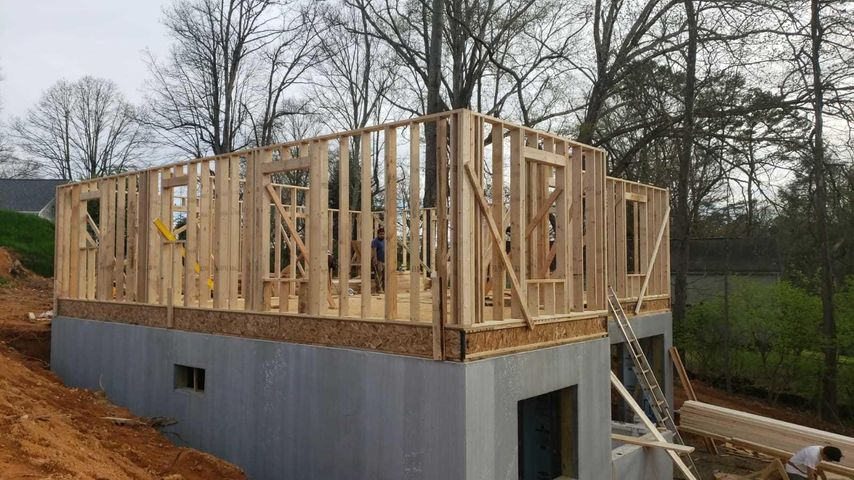 2014 Aster Rd, Knoxville, TN 37918