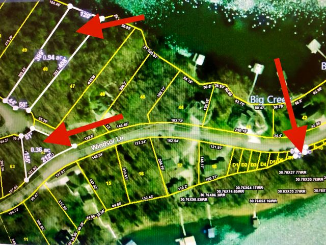 Top lot is the 'lakefront' lot. The lower left is the interior lot and the right one is Dock lot #8.