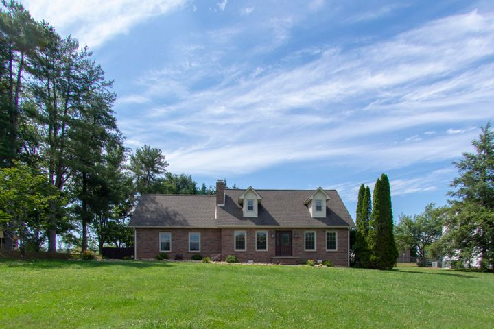 3205 Old Niles Ferry Rd, Maryville, TN 37803