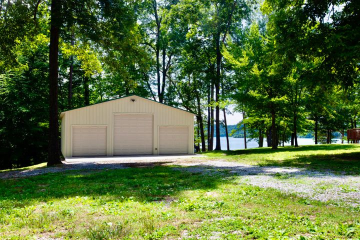 317 Sugar Camp Lane, Maynardville, TN 37807
