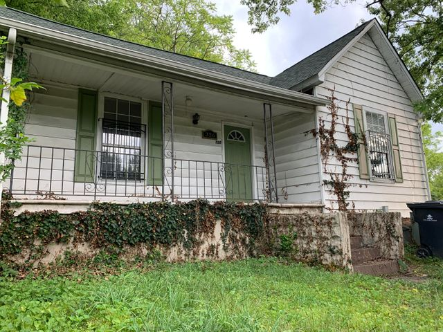 326 E Woodland Ave, Knoxville, TN 37917