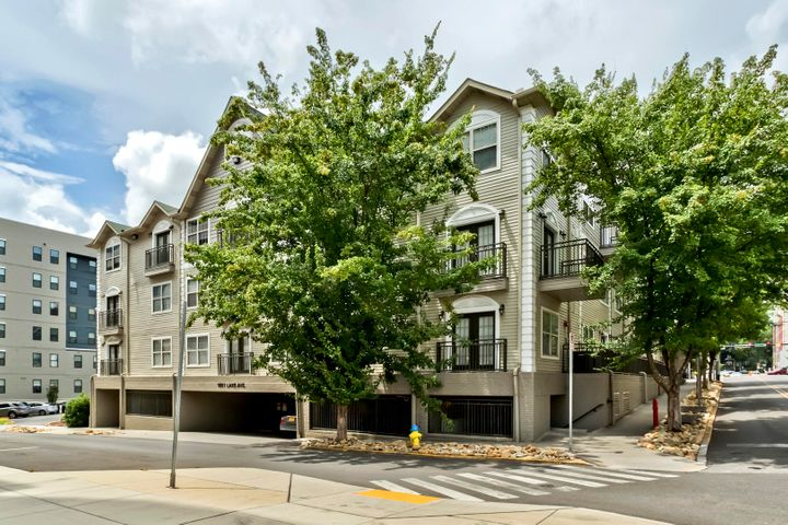 1801 Lake Ave, Apt 213, Knoxville, TN 37916