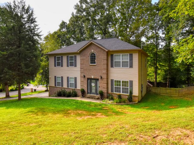 10008 Eastshire Lane, Knoxville, TN 37922
