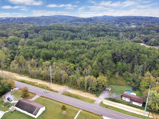 8228 Strawberry Plains Pike, Knoxville, TN 37924