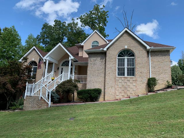 3208 Indian Wells Drive, Maryville, TN 37801