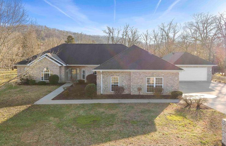 106 E Southwood Lane, Oak Ridge, TN 37830