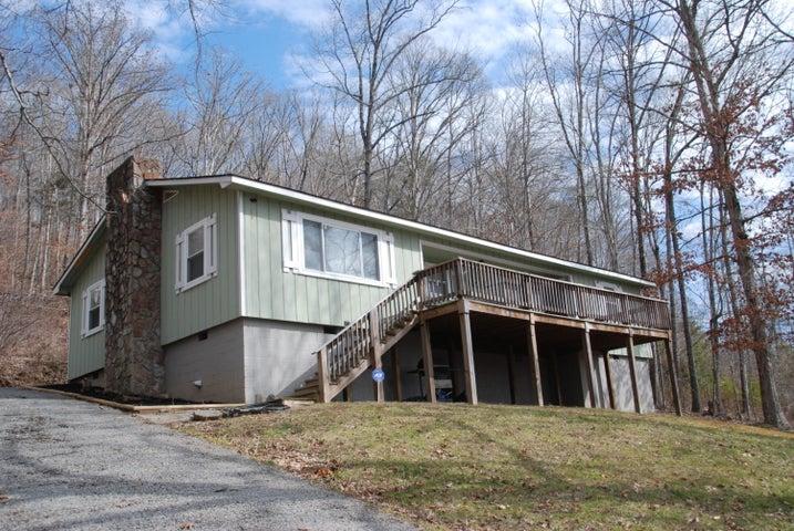 131 Oak Lane, New Tazewell, TN 37825