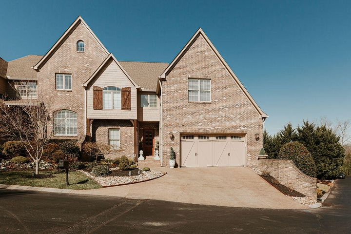 Welcome to 6901 Alden Glen Way. End unit with vista views from back.