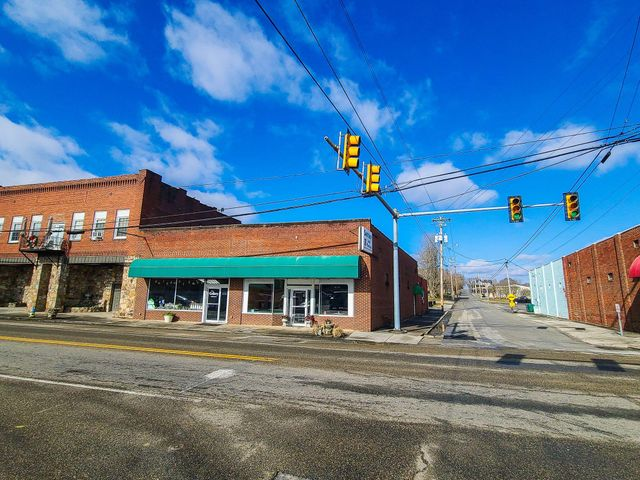 1627 Main Street St, White Pine, TN 37890