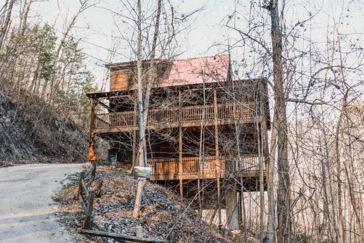 2314 Whippoorwill Hill Way, Sevierville, TN 37862