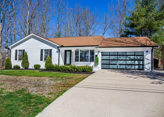 337 Lakeview Drive, Crossville, TN 38558