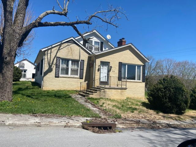 208 Eppes St, Tazewell, TN 37879