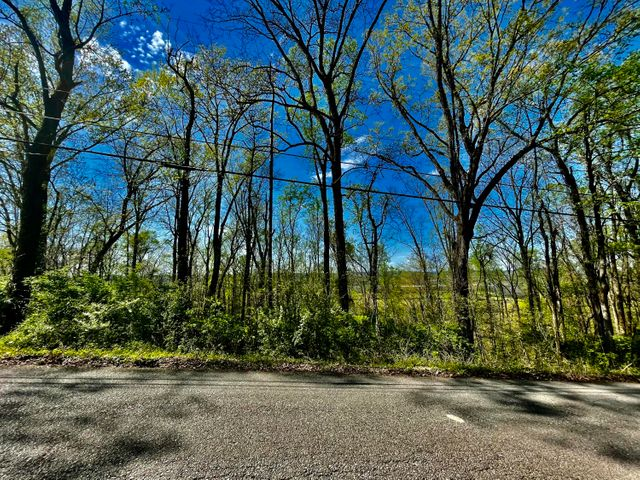 Briarcliff Rd, Sweetwater, TN 37874
