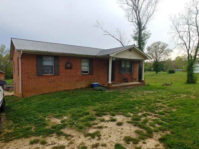 769 County Road 172, Athens, TN 37303