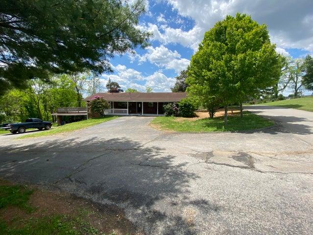504 Essary Rd, Tazewell, TN 37879