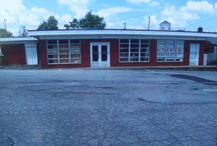 108 & 110 Church St, Madisonville, TN 37354