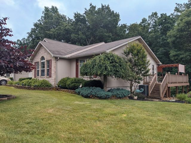 198 Lakeview Dr Drive, Crossville, TN 38558