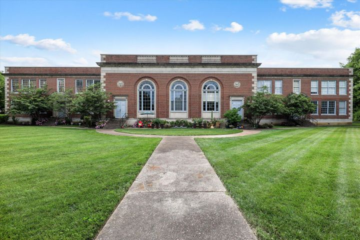 523 N Bertrand St, 303, Knoxville, TN 37917