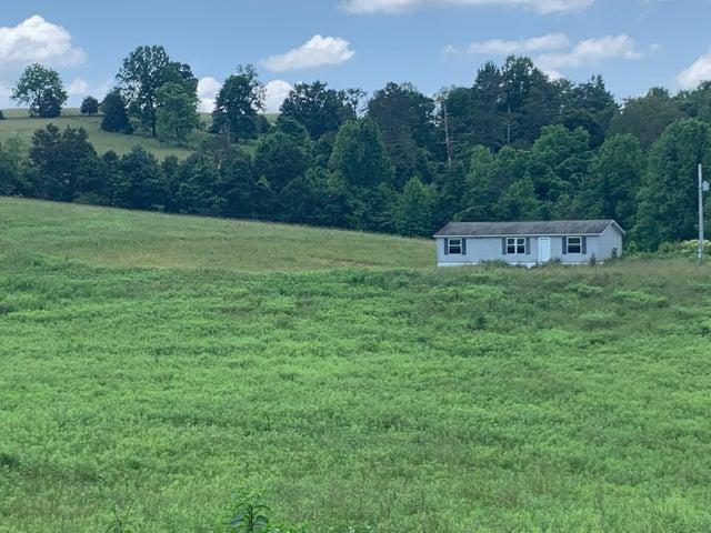 507 McDaniel Rd, Tazewell, TN 37879