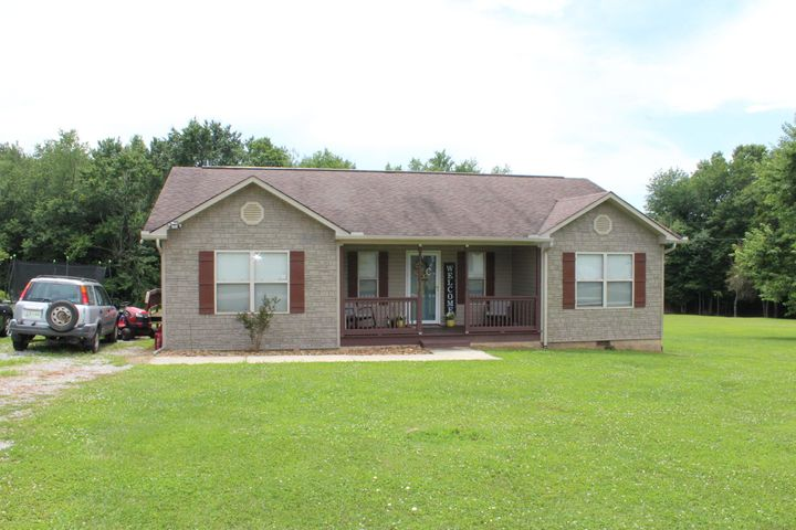 815 Buffalo Tr, Clarkrange, TN 38553