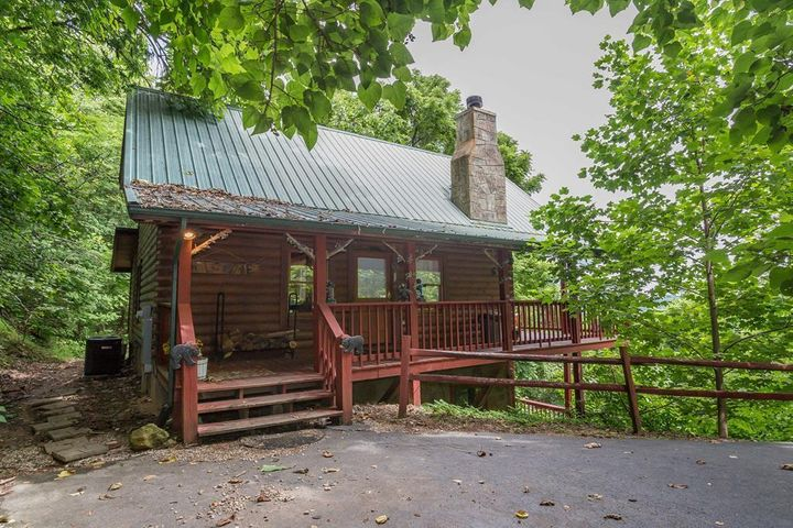 2454 Majestic View Way, Sevierville, TN 37862