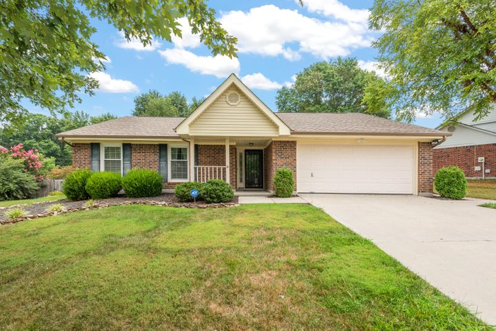 1304 Clear Brook Drive, Knoxville, TN 37922