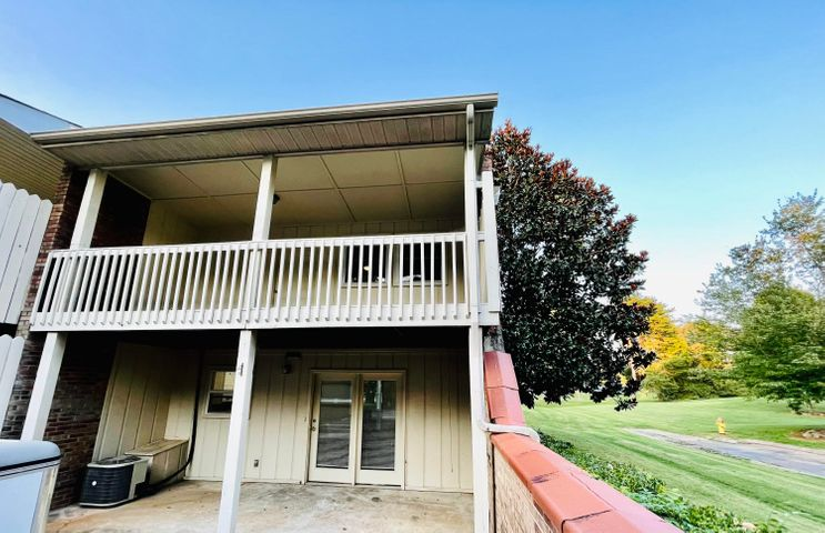 Desirable location backing up to park and pool! Recently RENOVATED!
