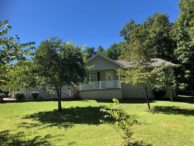 772 Deerfield Rd, Crossville, TN 38555