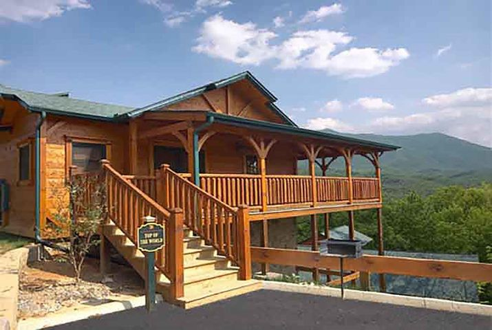 1 Bedroom 1 bath open floor plan log cabin with incredible views located in the one and only Gatlinburg Falls Resort! Minute to the parkway in Gatlinburg. $54,665 rental income in 2016 - $46,097 in 2017 (slightly softer year for everyone) and on track to do close to $50,000 this year. Call me to set up your private viewing! (Don't miss the virtual tour. Click the circles on the floor to move through the home)