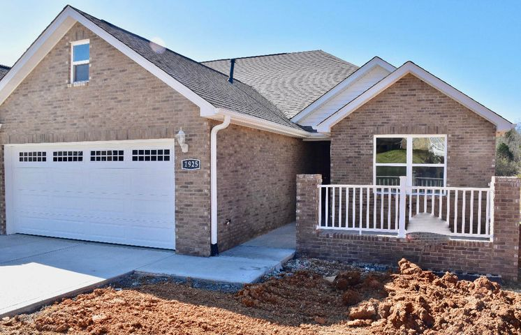 BRAND NEW !! All brick, 3 bd, 2ba upscale condo. Open floor plan. Master has an ensuite bath and huge W/I closet.This Home is quality craftsmanship throughput, soft hues,beautiful flooring. Gas log F/P. Granite Counter tops. 2nd Garage under foundation of home on the backside. Central location in a well established neighborhood. Close to hospital,medical and schools. See Sign.