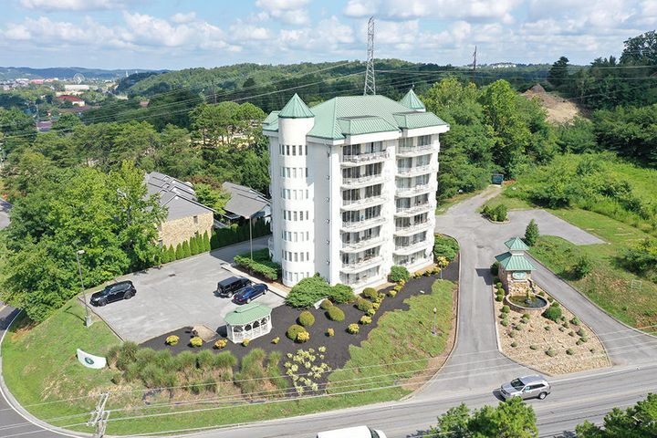 Great location for you Pigeon Forge lovers! This 2 bedroom 2 bath condo has been very well maintained and has tons of updates. New paint, carpet, faucets, dishwasher, garbage disposal, Serta Icool mattress and box spring, sofa bed, and recliner. You will be blown away by how incredibly well cared for this condo is. The location is incredible. You are just a few minutes to all the action in Pigeon Forge including all the dinner shows, attractions, Dollywood and Splash Country. Great for a 2nd home, vacation rental, or permanent residence. Only 14 units in the entire complex.