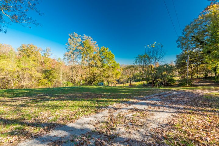 Relax in the privacy of 67 acres