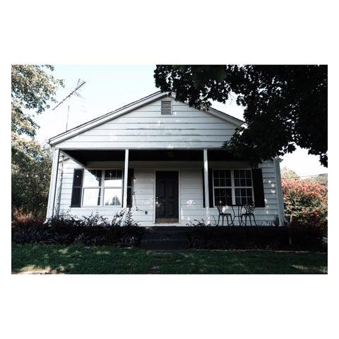 187 Monroe Rd