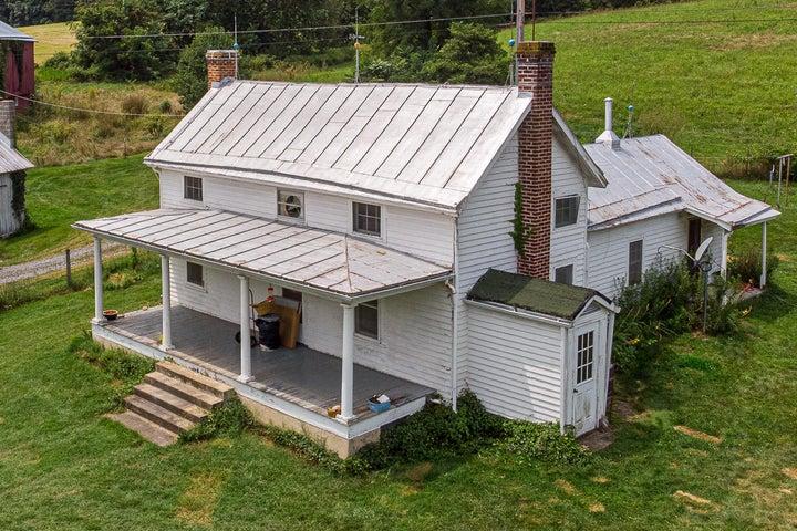 1239 Timber Ridge Rd, Fairfield, VA 24435