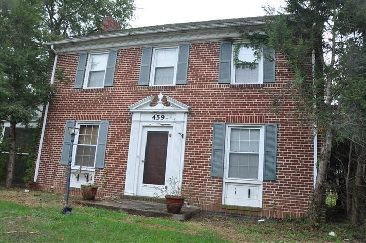 459 E Madison St, Covington, VA 24426