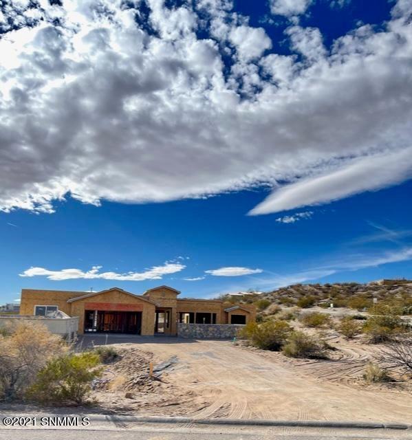 7020 Purple Mountain Avenue, Las Cruces, NM 88007
