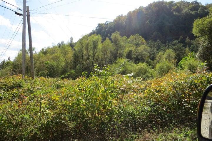 1000 Turkey Creek Road, Flat Lick, KY 40935