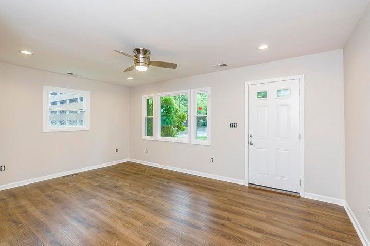 366 Hummingbird Lane, Lexington, KY 40503
