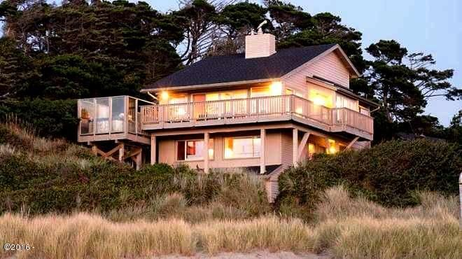 1066 NW 6th Court, Lincoln City, OR 97367 - Gorgeous Beach House